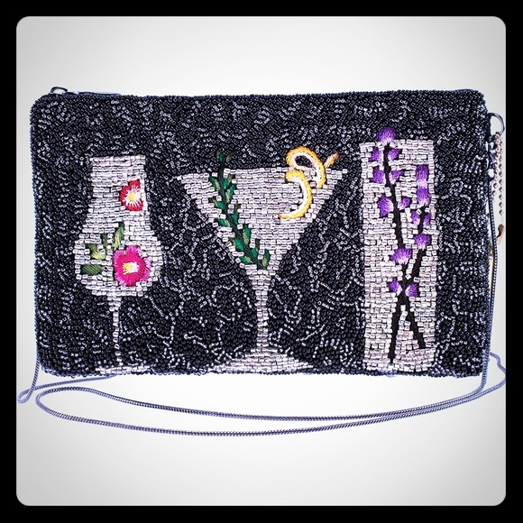 Mary Frances Handbags - Mary Frances After Hours Cocktail Phone bag